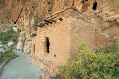 Viviendas de acantilado de Anasazi Imagenes de archivo