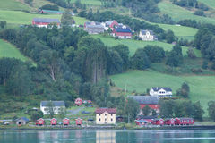 viviendas del Fiordo-lado Imagen de archivo