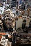 Viwe dell'angolo alto dell'affare invecchiato ed edifici residenziali della metropoli Immagine Stock
