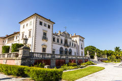 Vizcaya Museum and Gardens in Miami, Florida. The Vizcaya Museum and Gardens is the former villa and estate of businessman James Deering, located on Biscayne Bay Stock Photo