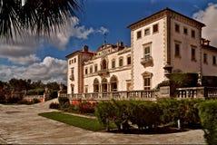 Vizcaya museum och östlig terrass för trädgårdar i Miami Arkivfoton
