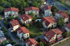 Vizinhança moderna com casas modernas imagem de stock royalty free