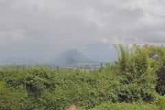 Vizinhanças do vulcão auxiliar de Trou Cerfs Curepipe, Maurícias Fotos de Stock