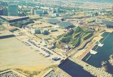Vizinhanças modernas de Barcelona na Espanha, vista aérea foto de stock