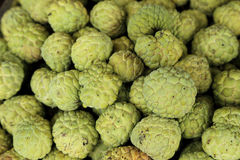 Vlaappel of suikerappel in markt Royalty-vrije Stock Afbeelding
