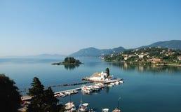 Vlacherna Corfu的修道院和鼠标海岛 库存照片