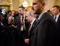 Vladimir Putin tijdens een vergadering over de ASEM-top Stock Foto