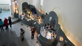 VLADIMIR, RUSSIA -07,11,2015 Museo del cristallo video d archivio