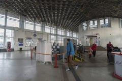 Vladimir, Russie - 18 novembre 2016 L'intérieur de la gare ferroviaire Photographie stock libre de droits