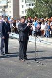Vladimir Yakushev an der Eröffnungsfeier eines neuen Verkehrsschnitts auf Melnikayte St., Tyumen. Stockfotos