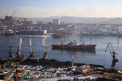 Vladivostok, bahía de oro del claxon Imágenes de archivo libres de regalías
