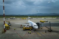 Vladivostok, Rusia, Agu 17 2017 - aeropuerto de Vladivostok imagen de archivo