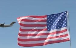 Vlag en Vliegtuig royalty-vrije stock foto