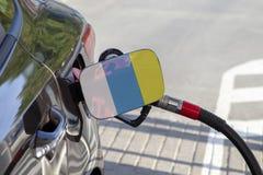 Vlag van Canarische Eilanden op de de vullerklep van de auto` s brandstof stock foto's