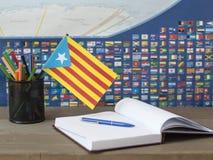 Vlag van Catalonië van de wereldkaart Royalty-vrije Stock Afbeelding