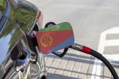 Vlag van Eritrea op de de vullerklep van de auto` s brandstof royalty-vrije stock fotografie