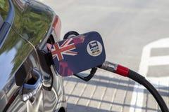 Vlag van Falkland Islands op de de vullerklep van de auto` s brandstof stock fotografie