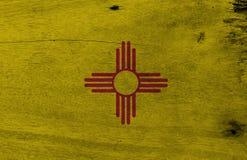 Vlag van New Mexico op houten plaatachtergrond De vlagtextuur van Grungenew mexico, de staten van Amerika royalty-vrije stock foto