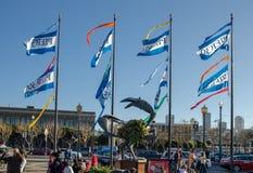 Vlaggen bij Pijler 39 San Francisco De V.S. stock foto's