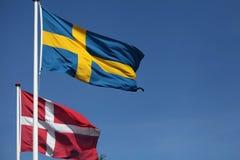 Vlaggen. Denemarken en Zweden Stock Afbeelding