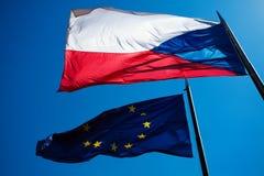 Vlaggen van de Europese Unie en de Tsjechische Republiek Royalty-vrije Stock Foto