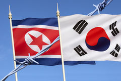 Vlaggen van het Noorden en Zuid-Korea Royalty-vrije Stock Foto's