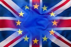 Vlaggen van het Verenigd Koninkrijk en de Europese Unie Britse Vlag en de EU-Vlag De Britse vlag van Union Jack stock foto's