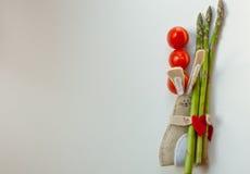 Vlak leg van groenten groen met rood Stock Afbeelding