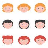 Vlakke ontwerp vrouwelijke die avatars op witte achtergrond wordt geïsoleerd Royalty-vrije Stock Afbeeldingen