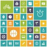 Vlakke ontwerppictogrammen voor reis, sport en vrije tijd Stock Afbeeldingen