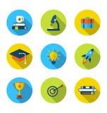 Vlakke pictogrammen van elementen en voorwerpen voor middelbare school en universiteit Stock Foto