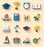 Vlakke pictogrammen van elementen en voorwerpen voor middelbare school en universiteit Stock Foto's