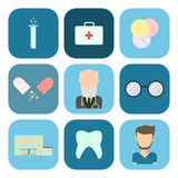 Vlakke reeks medische pictogrammen Royalty-vrije Stock Foto's