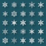 Vlakke sneeuwvlokken Vector geplaatste pictogrammen Stock Afbeeldingen