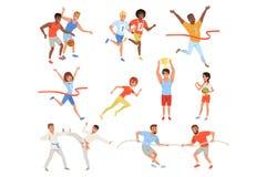 Vlakke sportenmensen die aan de verschillende concurrentie deelnemen Basketbalspelers, karatevechters, touwtrekwedstrijd, atleten royalty-vrije illustratie