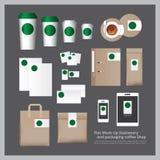 Vlakke Spot op Kantoorbehoeften en verpakkende Koffiewinkel Stock Foto
