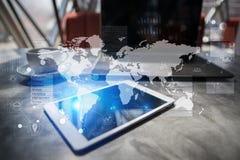 Vlakke stijl Het virtuele scherm met lege ruimte voor tekst Internet en technologie Stock Afbeelding