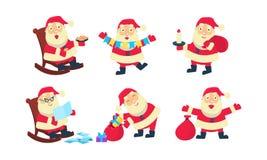 Vlakke vectorreeks van Santa Claus in verschillende acties Zak met Kerstmisgiften, brieven, zoete koekjes, kleurrijke slinger stock illustratie