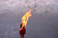 vlammen het branden Stock Afbeeldingen