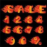 Vlammende Aantallen, percentensymbool en woordVERKOOP Stock Afbeeldingen