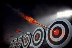 Vlammende pijl stock afbeelding