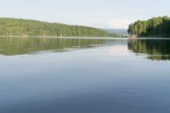 Vlasina jezioro, Serbia zamazujący tło Zdjęcie Stock