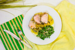 Vlees in een kruidige saus van perziken Royalty-vrije Stock Fotografie