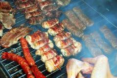 Vlees op barbecue stock foto's