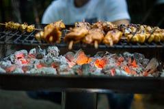 Vlees op de Hete BBQ Grill stock afbeeldingen