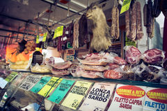 Vlees op de markt Royalty-vrije Stock Afbeeldingen