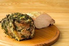 Vlees op een ronde board4 wordt gebakken die Royalty-vrije Stock Foto