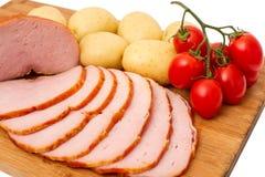 Vlees op houten raad Stock Afbeeldingen