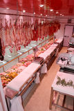 Vleesafdeling met typische Italiaanse worsten Royalty-vrije Stock Afbeelding