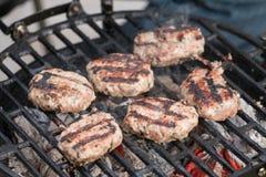 Vleesballen bij de barbecuegrill Royalty-vrije Stock Fotografie